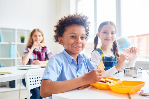 อาหารสำหรับเด็กควรที่จะเลือกทานอย่างยิ่ง